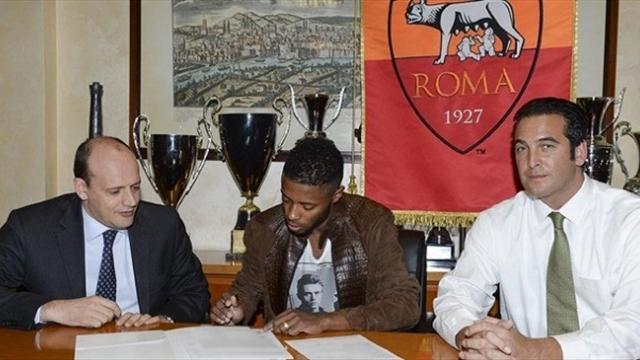 Baldissoni, Bastos und Zanzi bei der Unterschrift