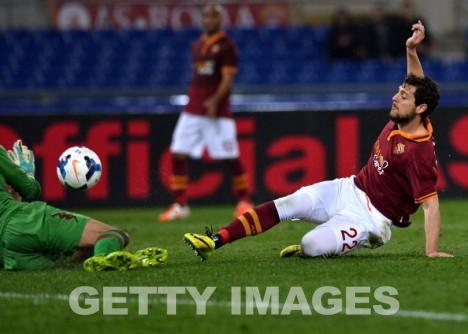 Mattia Destro trifft zum 1-0 (getty images)