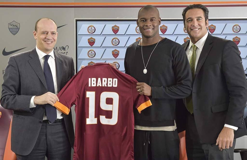 Victor Ibarbo wird vorgestellt (twitter.com/officialasroma)