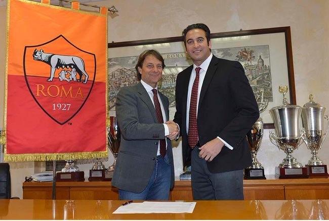 Alberto De Rossi mit Italo Zanzi bei der Vertragsunterzeichnung (www.laroma24.com)